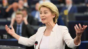 Nouseeko Ursula von der Leyen ensimmäisenä naisena EU-komission johtoon? – seuraa nimityspelin huipentavaa europarlamentin äänestystä