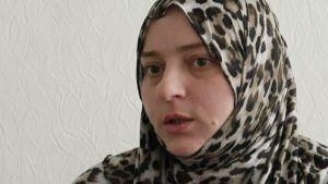 Kadun virheitäni, sanoo viiden lapsen äiti, Isisin riveistä palannut Zalina