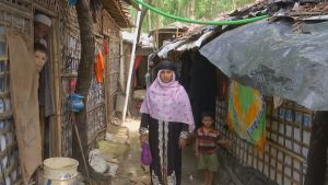 Rohingya-pakolaisia Bangladeshin ja Myanmarin rajalla