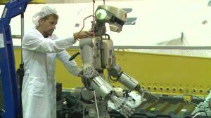 Venäjä laukaisi avaruusasemalle robonautin – Katso miltä näyttää Fedor, Venäjän ensimmäinen humanoidirobotti avaruudessa