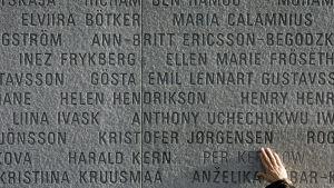 25 vuotta Estonian turmasta - Tukholmassa muistetaan onnettomuuden uhreja