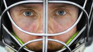 NHL-varauksesta mitättömäksi - Jonathan Iilahti pelasti uransa rikkomalla jääkiekon tabun