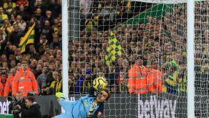 Norwich hävisi Manchester Unitedille, Krul torjui kaksi pilkkua