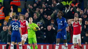 Vajaamiehinen Arsenal tasapeliin Chelseaa vastaan