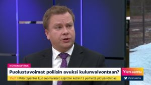 """Puolustusministeri Kaikkonen Uudenmaan eristämisestä: """"Puolustuvoimat odottaa virka-apupyyntöä tänään"""""""