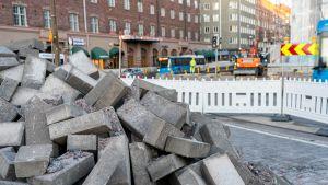 Raitioliikenne palaa Helsinginkadulle – suuri katuremontti Helsingissä on lähes valmis