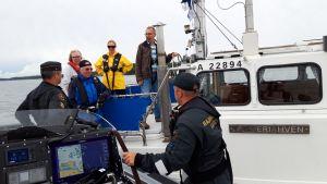 Merivartiosto sai Nauvoon uuden veneen - olimme koeajelulla
