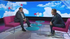 """Timo Soinin rintapieltä koristaa nyt uusi pinssi: """"Kiitos jätkät, tämä ei hevillä unohdu"""""""
