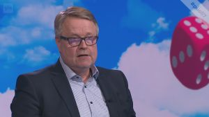 """Matti Apunen: """"Sosiaalinen media on tehnyt poliittisesta päätöksenteosta vaikeaa"""""""