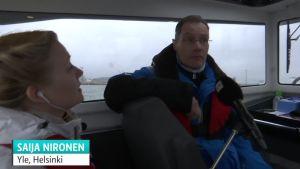 Perämoottorivene on helppo vene aloittelijalle – Lauttasaaressa pääsee koeajamaan yli 30 erilaista venettä, katso miltä näyttää Falcon-veneen kyydissä