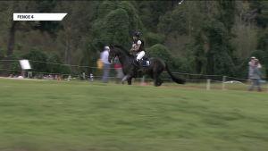 Swindells putosi hevosen selästä maastokokeessa