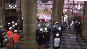 Notre Damen katedraalissa messu
