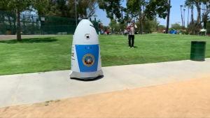 Kalifornialaisen poliisilaitoksen RoboCop taistelee rikoksia vastaan
