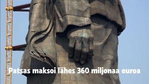 Intia rakensi maailman korkeimman patsaan