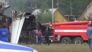 Kaksi kuoli venäläiskoneen pakkolaskussa Siperiaan – seitsemän matkustajaa kuljetettiin sairaalaan