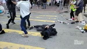 Hongkongissa ammutaan mielenosoittajaa