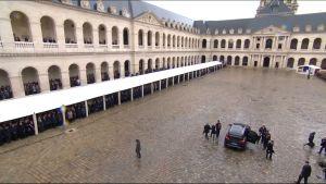 Uutisvideot: Ranskan sankaripoliisille sotilaalliset kunnianosoitukset