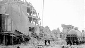 Yöllä tapahtuneen räjähdyksen tuhot selvisivät päivän valjettua.