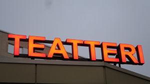 Riihimäen teatterin valomainos