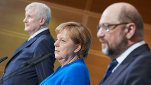 Saksan hallitustunnusteluiden tuloksesta kerrottiin perjantaiaamuna. Neuvotteluita kävivät Baijerin CSU:n johtaja Horst Seehofer, kristillidemokraattisen CDU:n Angela Merkel ja SPD:n Martin Schulz.