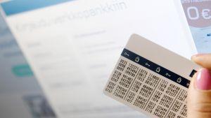 Verkkopankin tunnuslukukortti.