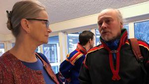 Anna Skarhed och Girjas ordförande Matti Berg