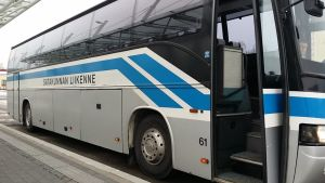 Satakunnan Liikenne bussi linja-auto Porin matkakeskus tammikuu 2018.