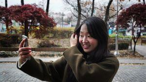 Jiwoo Kim sanoo olevansa tyytyväinen ulkonäköönsä. Sukulaisilla on joskus tapana kehottaa häntä kauneusleikkaukseen.