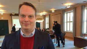Lahden kaupunginhallituksen puheenjohtaja Pekka Komu.