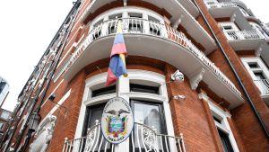 Ecuadorin lähetystö Lontoossa.