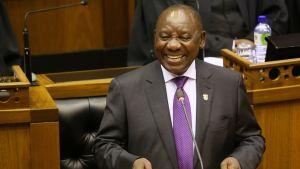 Etelä-Afroikan uusi presidentti Cyril Ramaphosa puhui maan parlamentille.