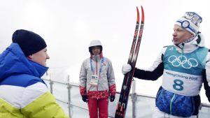 Olympiavoittajat kohtasivat media-alueella.