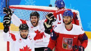 Kanada juhlii maalia matkalla pronssiin.