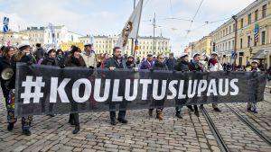 Mielenosoitus maaliskuussa 2016