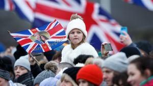 Britit odottavat jo kuninkaallisia häitä - toukokuussa prinssi Harry saa sydämensä valitun, Meghan Marklen.