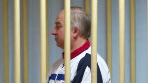 Sergei Skripal oikeudenkäynnissä vuonna 2006.