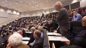 Altia kiinnosti yleisöä Seinäjoella pidetyssä listautumistilaisuudessa.
