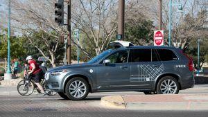 Uber itseohjautuva auto.