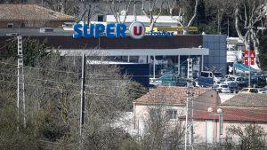 Supermarket jossa otettiin panttivankeja.