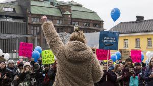 Lastentarhanopettajien mielenosoitus.