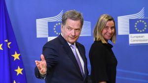 Presidentti Sauli Niinistö tapasi Brysselissä muun muassa EU:n ulkopoliittinen edustajan Federica Mogherinin.