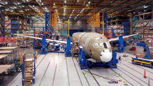 Boeing 787 -tuotantolinja.
