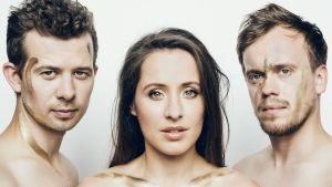 Trad. Attack! on Viron suosituimpia yhtyeitä.