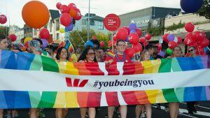 Uusi-Seelanti, Pride paraati vuonna 2016.