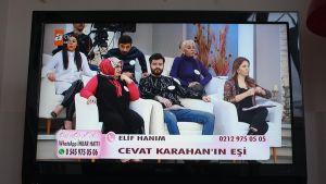 Deittailuohjelma Turkin televisiossa.