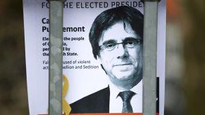 Juliste aidassa Saksassa jossa Carles Puigdemont pidätettiin.