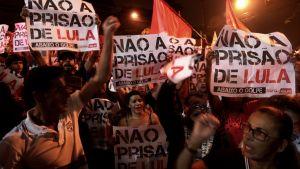 Lula da Silvan kannattajat vastustavat hänen vankeustuomiotaan.