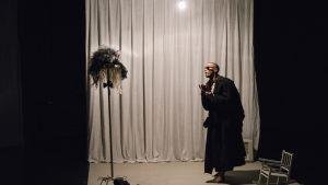 Palkitussa Uuden tanssin keskus Zodiakissa on voinut keväällä nähdä muun muassa  Ima Iduozeen kehutun The Body of Work -tanssiteoksen.
