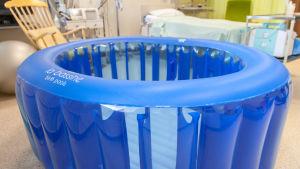 Vesisynnytysallas Lappeenrannan keskussairaalalla.
