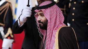 Saudi-Arabian kruununprinssi Mohammed bin Salman on kolmen päivän vierailulla Ranskassa.